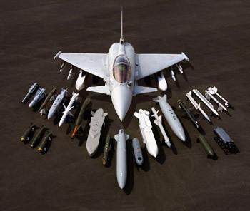 صراع جبابرة المقاتلات في سماء الهند 3670f15e14