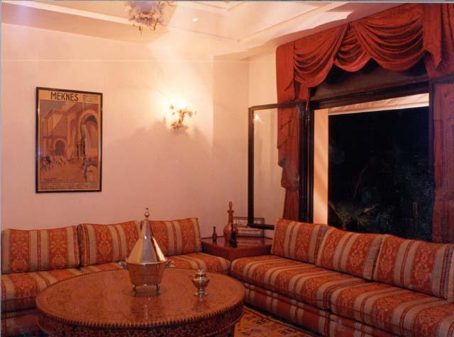 الأثاث المغربي التقليدي والمعاصر 416049628