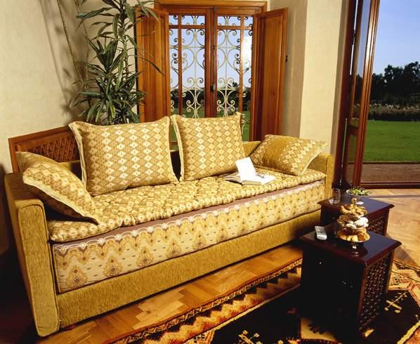الأثاث المغربي التقليدي والمعاصر 760150039