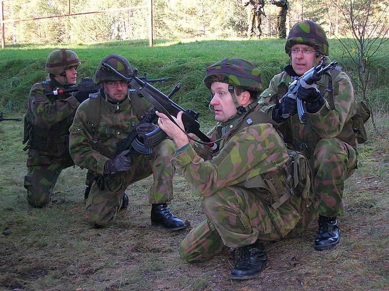 Armée Finlandaise / Finnish Defence Forces / puolustusvoimat Kiinteisto3