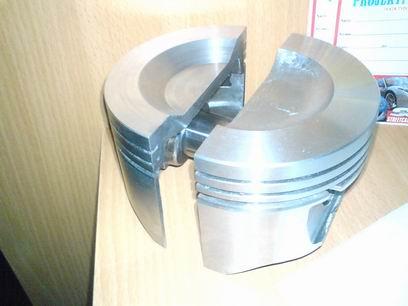 """Grey - """"Släggan"""" 4L V6 Cosworth kompressor. I Bilhimmelen! Resultatkolv"""