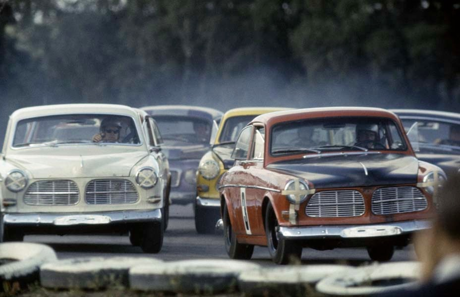 Volvo Amazon template? Page10-1014-full