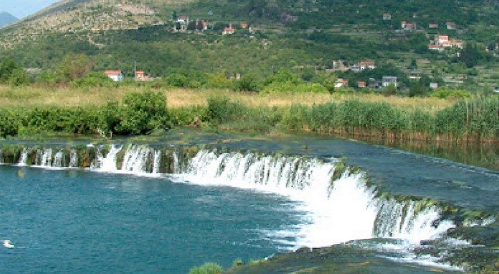 U Hrvatskoj preusmjere rijeku u polje pa Hercegovina ostane bez vode D9d33b366de0ea61d70a171024d29954_M
