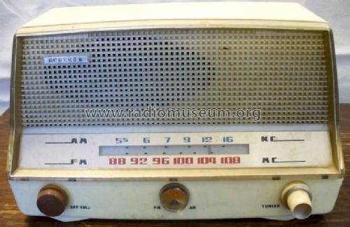 Identification assistence Fm_am_radio_6_tube_938167