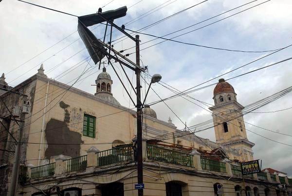 """[Malas noticias] El huracán """"Sandy"""" dejó 11 muertos en su paso por Cuba Huracan-sandy-santiago-de-cuba-2510210-3-foto-miguel-rubiera-justiz"""