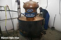RAKIJA -čudotvorni balkanski eliksir  ProizvodnjaRakije003