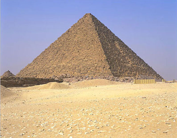 أهرام مصر.. Menkaure_pyramid8