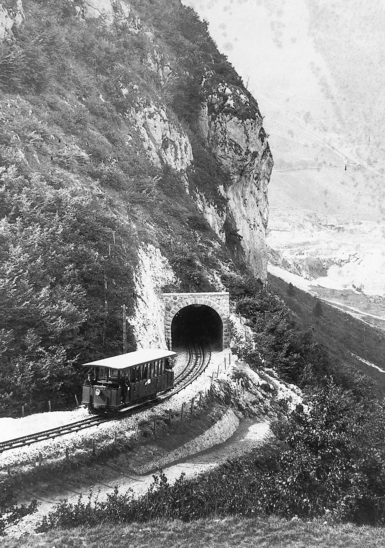 Transports de montagne et villes en pente 03-Histo-a