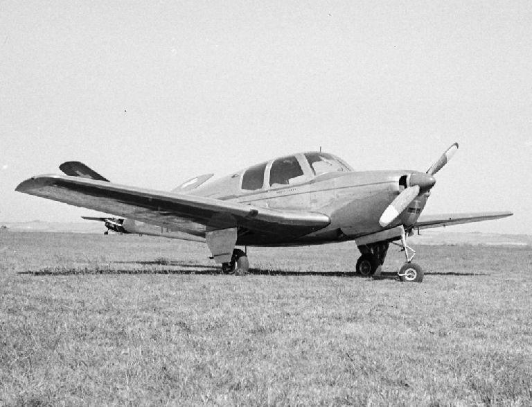 Beechcraft Bonanza BonanzaLympne%2031Aug1947-shrunk