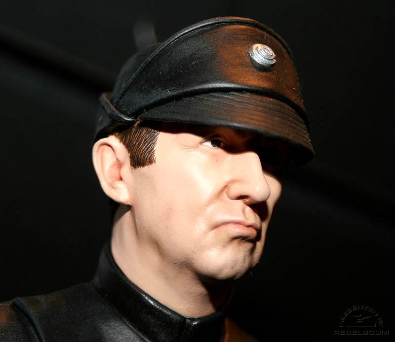 lieutenant Renz mini-bust IMG_8281