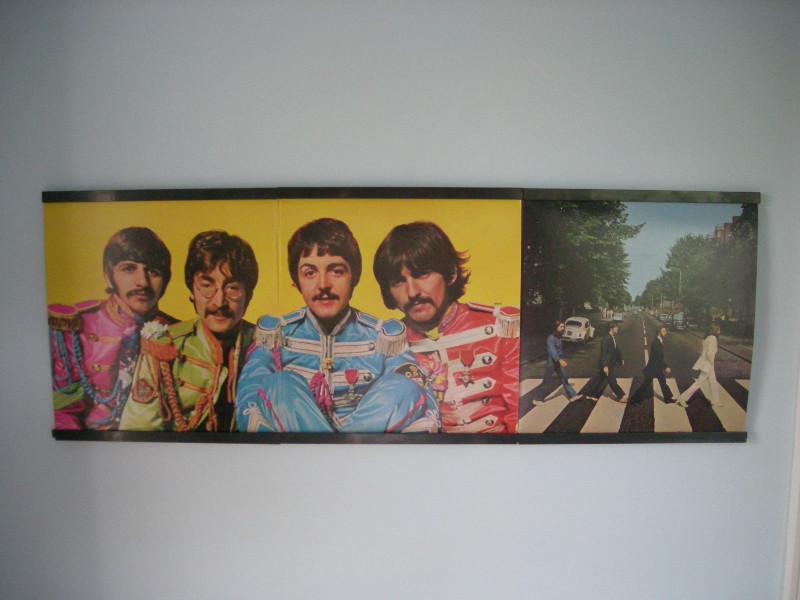 recordsonWalls - Vinyl Record Frames 23_the_beatles_gatefold_display