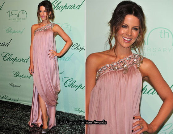 Red Carpet At Cannes Film Festival 2010 - Page 4 Kate-Beckinsale-Temperley-London-red-carpet