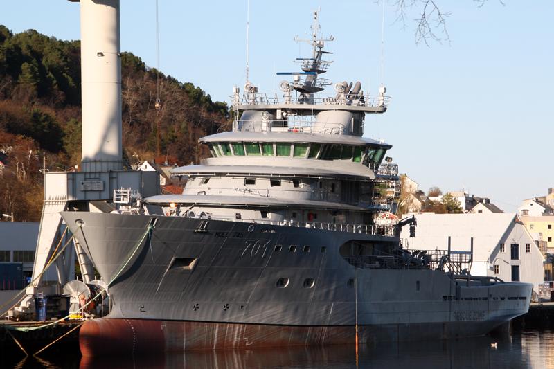 الجزائر تعاقدت على ثلاث سفن انقاذ وسحب type UT 515 CD لاعالي البحار 701