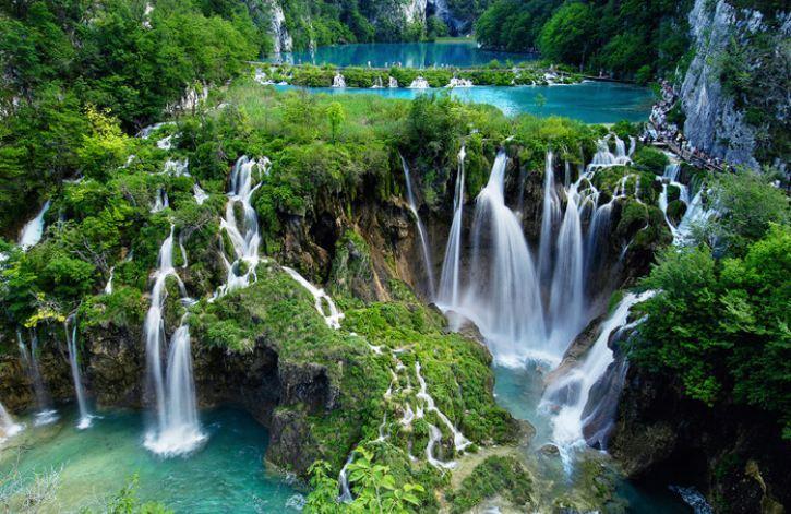 Discussion sur l' Etoile de TF1 du 28 Aout 2016   - Page 4 Cascades_chutes_d_eau_Plitvice_National_Park_Croatie_2