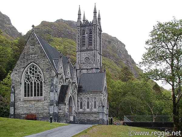 The Mountain village [Ruins] 4757562_kylemore_abbey_gothic_church-600