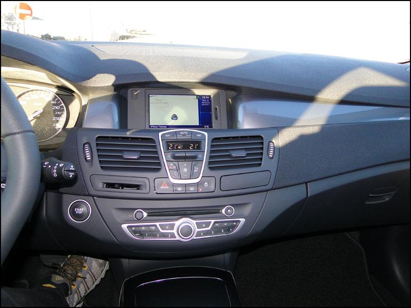 [tomtombar] Laguna III.1 Grand Tour GT 4 Control dci 180 FAP DSC04117