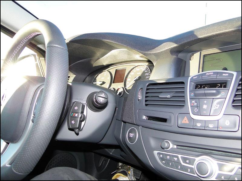 [tomtombar] Laguna III.1 Grand Tour GT 4 Control dci 180 FAP DSC04121