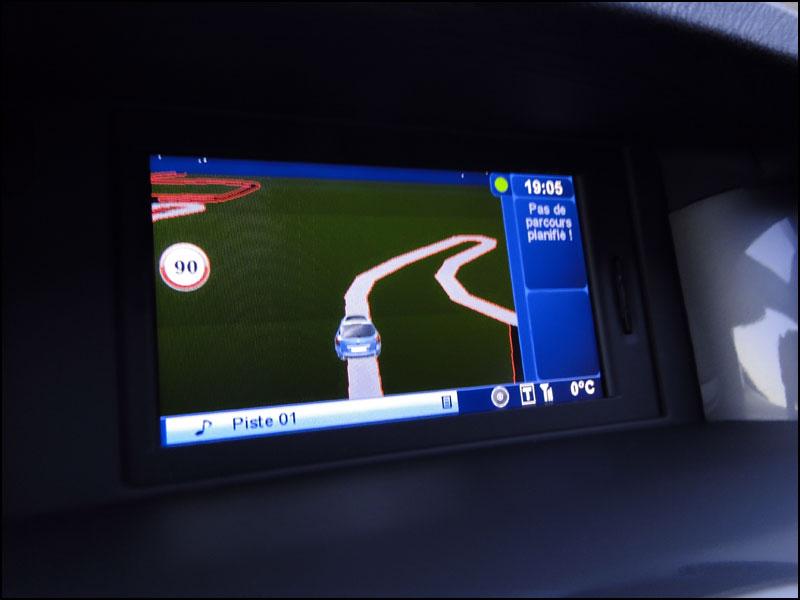 [tomtombar] Laguna III.1 Grand Tour GT 4 Control dci 180 FAP DSC04146