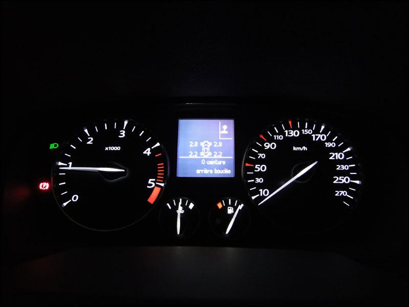 [tomtombar] Laguna III.1 Grand Tour GT 4 Control dci 180 FAP DSC04156