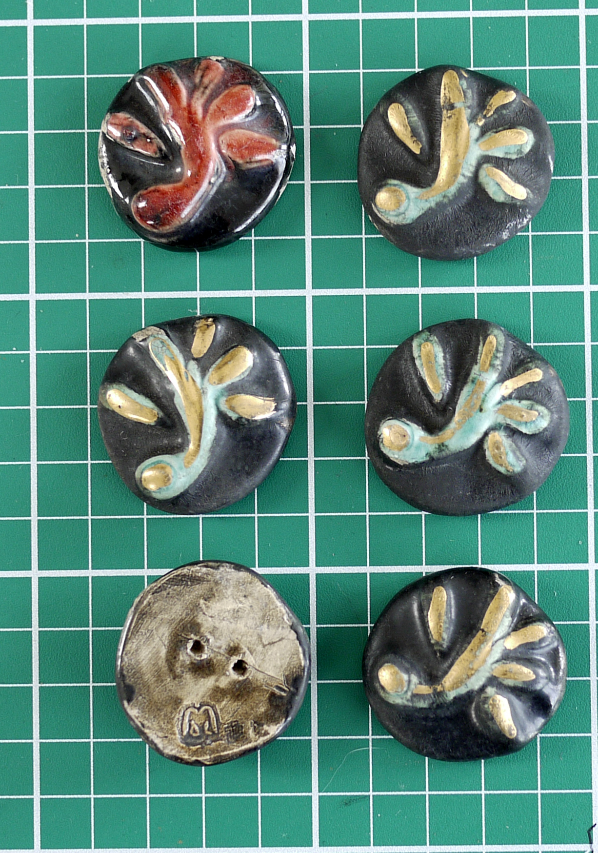 possible French art pottery buttons - Picasso era? Ceramicbuttons