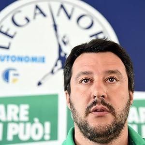 Salvini 121342840-eb29c923-befe-445c-9519-150354182ff5