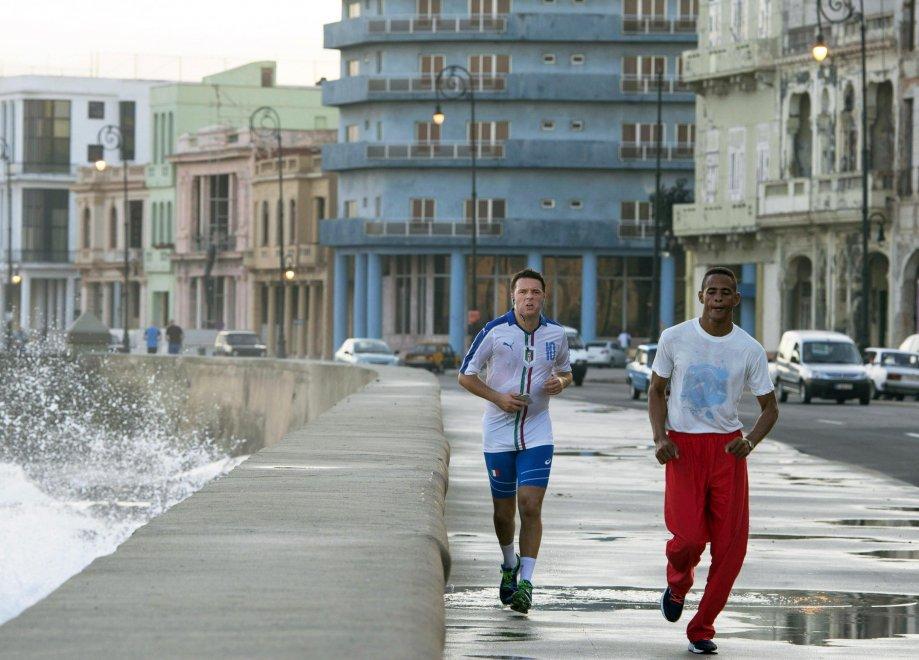 Anche Renzie(el numero.. 10)  fa.. un salto a Kuba 193617825-d8d8f27e-48f5-460a-a4d2-5438a70326f5