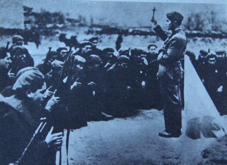 TERCIOS CATÓLICOS REQUETÉS Guerra Civil Española Bendicion
