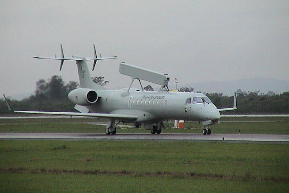 Avions AEW&C FAB_Embraer_R-99A