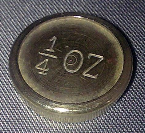 كيف تشترى الفضه والذهب وما هي المعايير  Single-vintage-brass-weight-1-4-oz-quarter-ounce-circa-mid-20th-century-2183-p