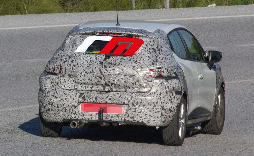 2016 - [Renault] Clio IV restylée - Page 19 Renault-Clio-2016-6-1024x631