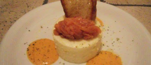 Bavarese di patate, salmone affumicato e salsa dolce di peperone  DSCN1804-612x266
