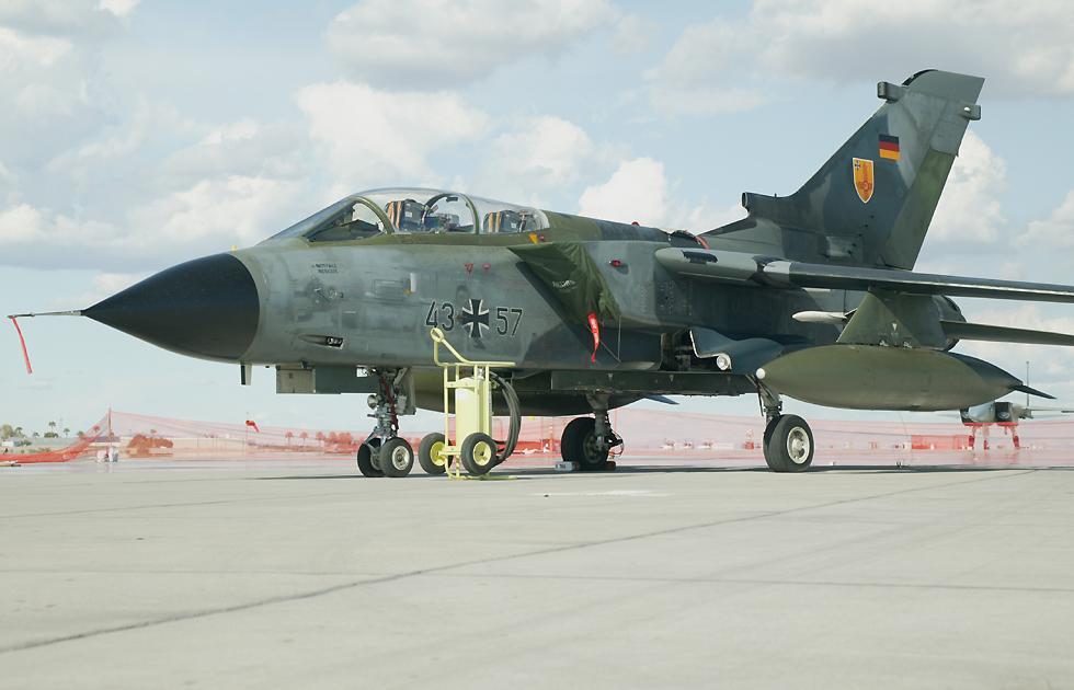 ازاى رادار الرافال RBE2-AA AESA  هايبقى اقل من رادار irbis-E بتاع السو 35 Tornado