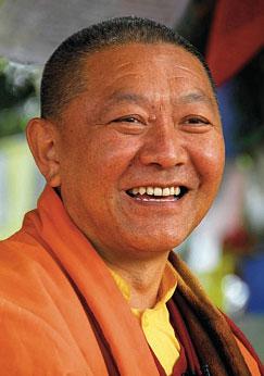 Ringou Tulkou Rinpotché en janvier 2012 à Bruxelles. Ringutulkurinpoche
