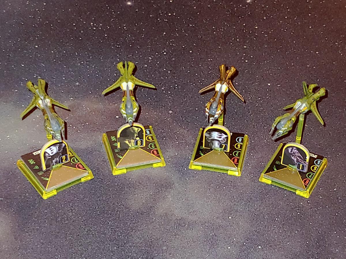 Zeigt her Eure Flotten, zeigt her Eure Schiffchen... - Seite 4 STAW_Flotte_Aehnelt_8472