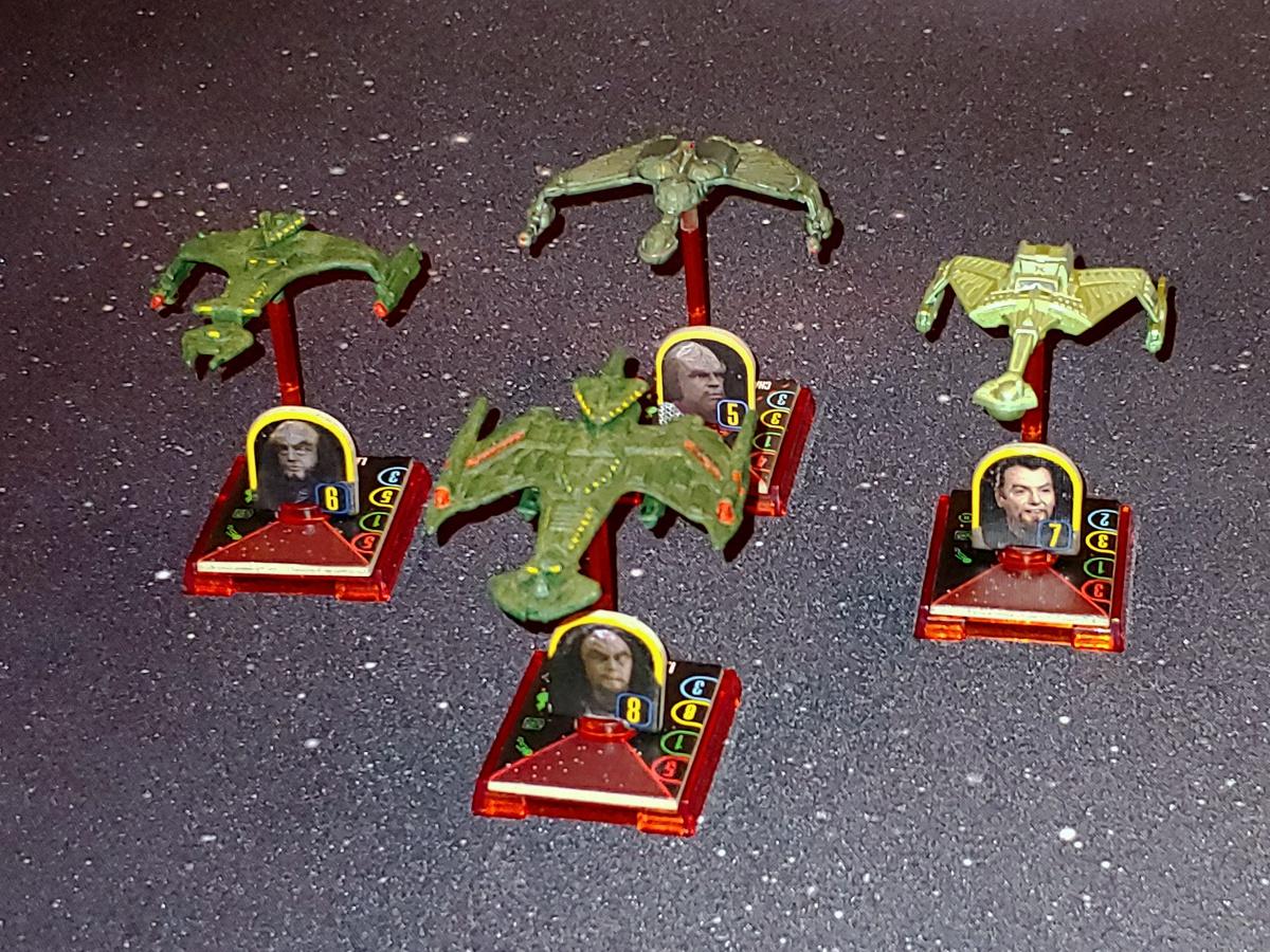 Zeigt her Eure Flotten, zeigt her Eure Schiffchen... - Seite 4 STAW_Flotte_Aehnelt_Klingon