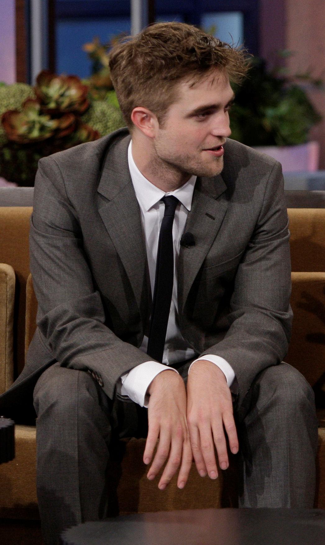 Robert Pattinson, semplicemente ROB Rob-on-jay-leno-hq