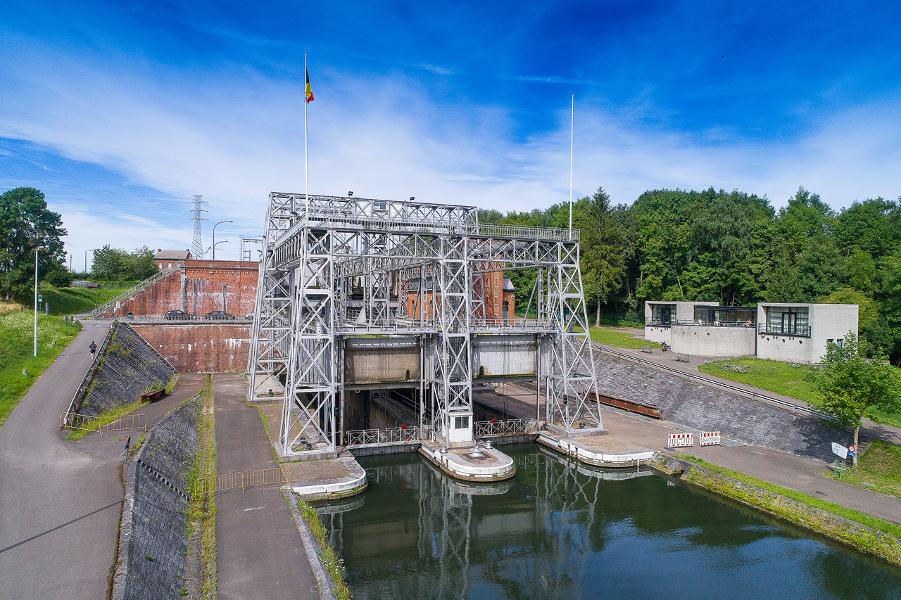 Sortie Ascenseurs canal du centre : Photos DJI_0201