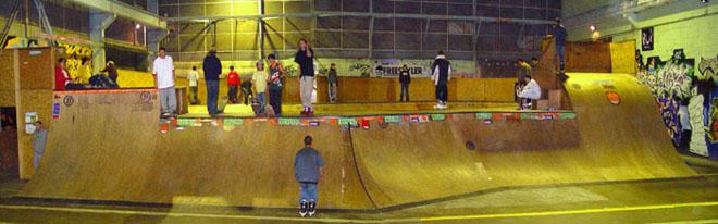 Mois de Juin 2008 - Page 2 Skatepark_rouen_4