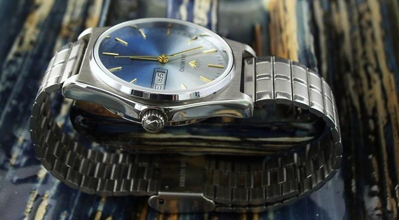 Watch-U-Wearing 7/05/10 Fadedial2_31