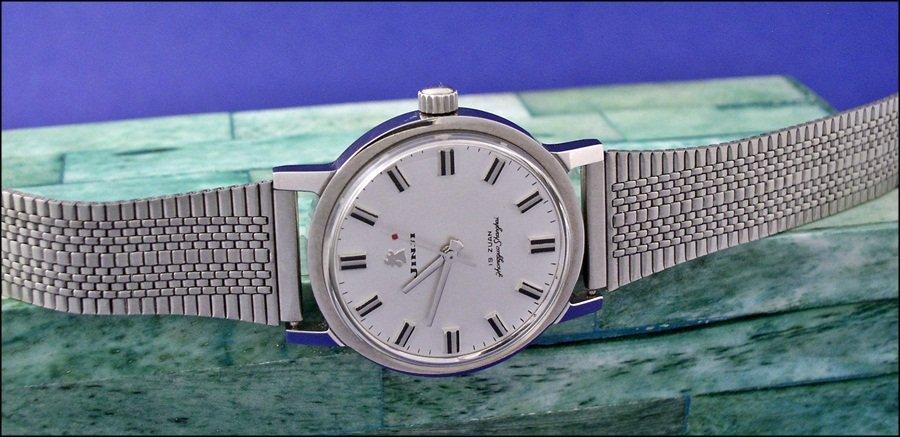 VERY inexpensive bracelet for vintage Chinese watches - Jinji nooshoos ( Jinji_bracelet1_3