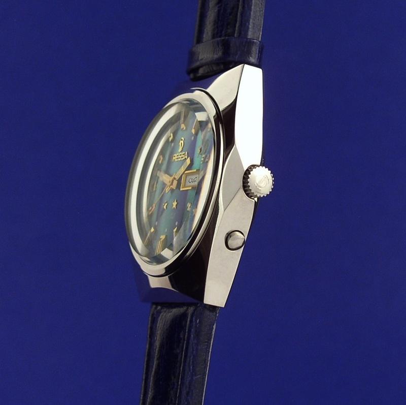 Watch-U-Wearing 7/6/10 Tressa_side