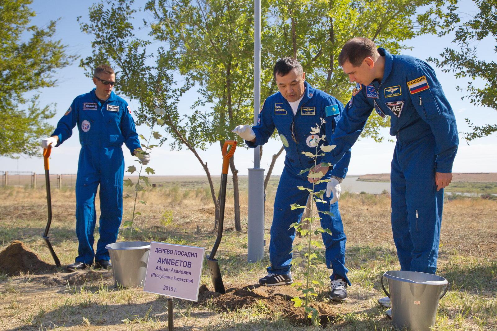 Lancement et retour sur terre de Soyouz TMA-18M  - Page 5 3375765679