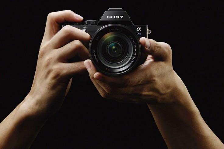 Полнокадровая беззеркальная камера Sony α7S поддерживает съемку видео 4К A7s_wvx9111_image_3-1200