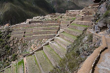 un site touristique par blucat (30juillet)trouvé par ajonc Pt61305