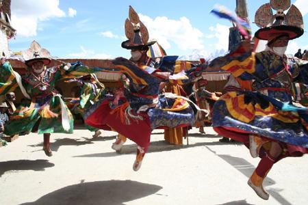 Fête du Bouddhisme à Yeunten Ling le 06/09/2009 (Huy - Belgique) Pt4674
