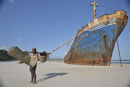 Appel à la nostalgie des épaves de bateaux Pt45389