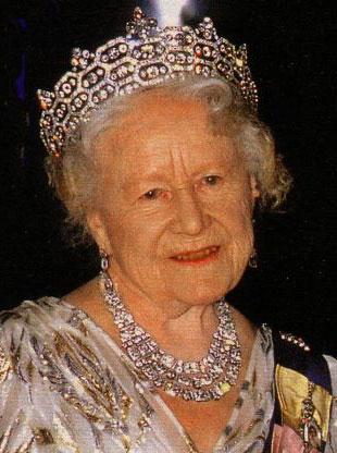 TIARAS I Gb-queen-mum-greville-neck-