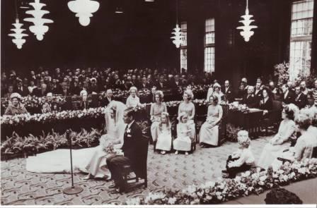 La reina Beatrix y su familia IMAGE0009
