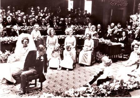 La reina Beatrix y su familia IMAGE0060