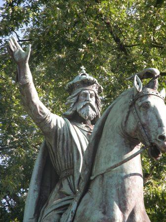 Charlemagne 742%20Charlemagne-2